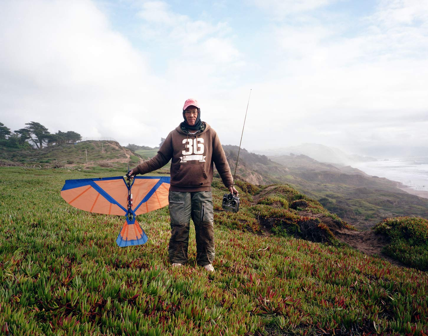 4-Glider_Man_San_Francisco_Beach_1